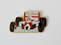 Pin's Voiture F1 Marlboro - R38 - Pins