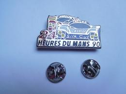 Superbe Big Pin's , Auto Sport Proto , 24 Heures Du Mans 90 , Jaguar , Porsche , Huile Castrol - Jaguar