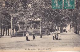 BERGERAC  EN DORDOGNE LE JARDIN PUBLIC  CLICHE RARE  CPA  CIRCULEE - Bergerac