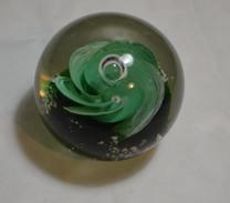 Sulfure, Paperweights Sylshire Ltd, Poids 350 Grammes, Diametre 6 Cms - Verre & Cristal