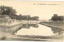 LA ROCHELLE- Les Fortifications  175 - La Rochelle