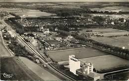 Dpts Div.-ref-AF897- Yonne - Villeneuve L Archevêque - Vue Panoramique Aerienne - Silo - Silos - Ligne De Chemin De Fer - Villeneuve-l'Archevêque