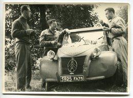 Voiture Citroën 2 CV - Belle Photographie - Circa 1950 - Rallye? - Voir Scan - Automobile