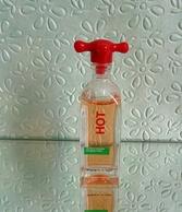"""Miniature De Parfum """"HOT """"  De BENETTON  Eau De Toilette  5,5 Ml Sans Boîte - Miniatures Womens' Fragrances (without Box)"""