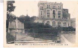 93..LE  RAINCY  LE MONUMENT  AUX MORTS  ET L' ECOLE  MATERNELLE    TBE - Le Raincy