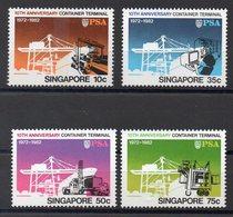 SINGAPOUR  Timbres Neufs ** De 1982  ( Ref 6017 ) Transports - Containers - Singapour (1959-...)