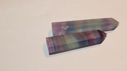 Lots De 2 Pierres De Guerisons Hexagonale En Cristal Naturel De Fluorite Et Quartz - Minéraux