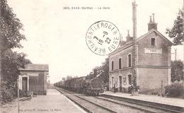 Vaas  (72 - Sarthe) Arrivée Du Train - La Gare - 1805 - Francia