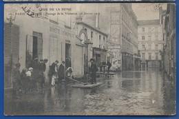 PARIS   Crue De La Seine  28 Janvier 1910  Passage De La Visitation   Animées  écrite En 1910 - Inondations