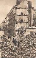 Cpa 44 Nantes Après Les Bombardements , Ww2 , Le Haut De La Rue Du Calvaire Vers La Place Delorme - Nantes