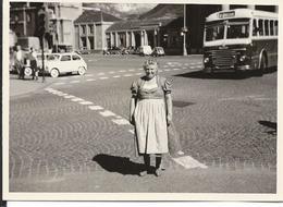 Photo Autobus Et Voitures Fiat 500  Allemagne Ou Autriche  Vers 1955 /60 - Autres