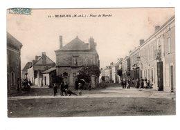 CPA 49 - Beaulieu ( M Et L ) Place Du Marché - Autres Communes