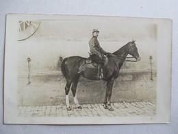 Militaria - Carte Photo Cavalier Du 10 ème Régiment De Chasseurs à Cheval - TBE - Régiments