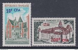 Réunion N° 416 / 17  XX  Série Touristique : Les 2 Valeurs Surchargées CFA, Sans Charnière, TB - La Isla De La Reunion (1852-1975)