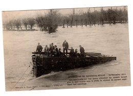 CPA 49 - Catastrophe De Montreuil Bellay 1911 - Les Survivants - Montreuil Bellay