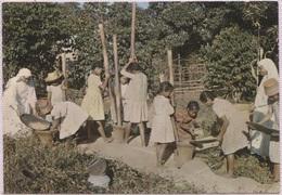 CPM - ON PILE LE RIZ - Religieuses De La Providence CORENC (Isère) - Edition De France - Madagascar