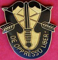 FF 504.......TIR A L'ARC.........DE OPRESSO LBER.....De Oppresso Liber Est La Devise Des Forces Spéciales De L'armée Amé - Militair & Leger