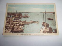7acj - CPA N°10 - L'AIGUILLON SUR MER - L'arrivée Des Boucholeurs - [85] Vendée - - Autres Communes