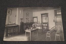 Bastogne,cabinet De Physique,école Normale Des Soeurs N.D.1919,collection,RARE,ancienne Carte Postale - Bastogne