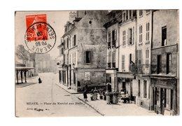 CPA 77 - Meaux - Place Du Marché Aux Fruits , Terrasse De Café , Animation - Meaux