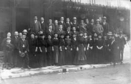 Carte-Photo De Valence (Drôme) - Personnel Du Magasin Paris-Valence, 28 Av Victor Hugo. 20 Mai 1908. Bon état. 3 Scan - Valence