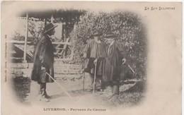46  LIVERNON  Paysans Du Causse - Livernon
