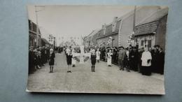 WIJTSCHATE Fotokaart 13 Augustus 1939, Stoet Aanstelling Nieuwe Pastoor Formaat Ca 14x9 Cm - Heuvelland