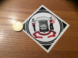 "AUTOCOLLANT, Sticker ""BAGAD SONERIEN BRO MONTROULEZ"" (Morlaix (29), Cornemuse, Blason) - Pegatinas"