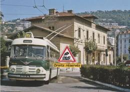 Trolleybus Vetra Berliet Devant La Gare De Nice-Riquier (06) - - Transport Urbain - Auto, Autobus Et Tramway