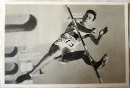 Foto Cromo Olimpiada De Los Ángeles. 1932. Nº 44. Salto Mc Naughton, Canada. Hecho En 1936 Para Olimpiada De Berlín - Tarjetas