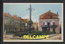 DD / 71 SAÔNE ET LOIRE / MONTCEAU LES MINES / RUE DE LA RÉPUBLIQUE ET PLACE DE LA 9e ÉCLUSE / VINS PRIOUX - PARIZE - Montceau Les Mines