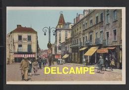 DD / 71 SAÔNE ET LOIRE / MONTCEAU LES MINES / PLACE DE LA GARE ET CAFÉ TERMINUS / ANIMÉE - Montceau Les Mines