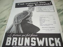ANCIENNE PUBLICITE FOURRURE BRUNSWICK 1951 - Publicité