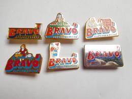 Belle Série De 6 Pin's Différents  , Supermarché Bravo , Fromage - Pins
