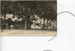 CPA. D69 . CALUIRE . La Place Et Les JOUEURS De BOULES - Caluire Et Cuire