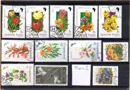 Thématique Fleurs, Lot De 12 Timbres, Lot N° 1 - Autres