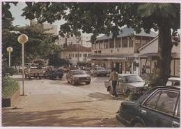 CPM - LIBREVILLE - Le Centre Ville (voitures B.Plan) - Edition Tropic Photo - Gabun