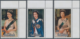 Cook-Inseln: 1986, 60th Birthday Of QEII Complete Set Of Three In A Lot With 336 Sets Mostly In Comp - Cookinseln