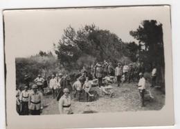 Photo Originale Militaria WWI Soldats Qui Creusent Tombes ? Tranchées ? - Guerre, Militaire