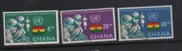 LOT 21 - GHANA N° 324/327 ** - SANTE :  CHIRURGIENS DRAPEAU - Medizin