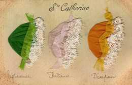 Carte Brodée - Ste Catherine - Bonnets, Tissus, Dentelle. - Saint-Catherine's Day