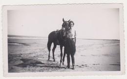 26782 Photo Duinbergen  Aout 1937 -belgique Plage Cheval Cavaliere Femme - Lieux