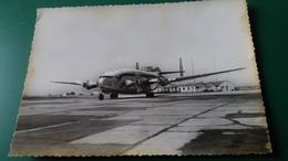 CPSM AVION AEROPORT DE MARIGNANNE MARSEILLE AIR FRANCE PROVENCE BREGUET DEUX PONTS 7794 RYNER BORDS JAUNIS - 1946-....: Ere Moderne