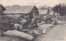GUERRE DE 1914-1918 - CPA MILITAIRE TRÈS ANIMÉE. - Equipment