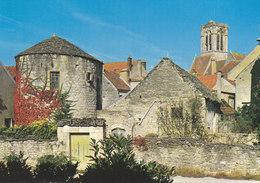 89 Noyers Sur Serein Vieille Tour (2 Scans) - Noyers Sur Serein