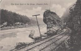 Niagara Falls - The Giant Rock In The Gorge - Niagara Falls