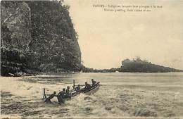 Pays Div -ref P731- Tahiti - Pirogues A La Mer  - - Tahiti