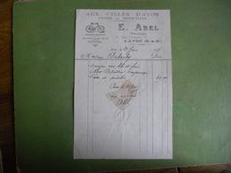 FACTURE AVON FONTAINEBLEAU AUX CYCLES D AVON CYCLES ET MOTOCYCLES  E ABEL 75 RUE GRANDE AVON  1915 EXC ETAT - France