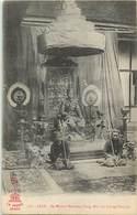 Pays Div -ref P716- Laos - Sa Majesté Sisavong -vong , Roi De Luang Prabang - Royauté - Familles Royales  - - Laos