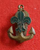 HUNGARY VINTAGE SEA SCOUT Buttonhole Enamel Badge / Pin, Abzeichen - Associations